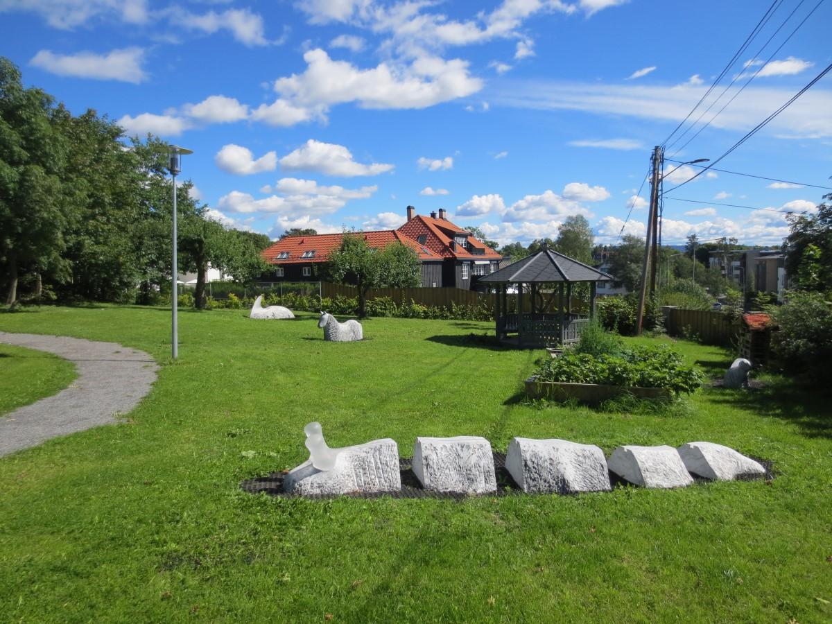 Holmenveien bhg (1)